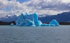 Glaciar icebergs